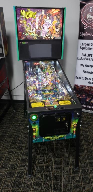 THE MUNSTERS PRO MODEL PINBALL NEW OUT OF BOX!!